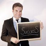 アドラー流リーダーシップ:失敗から学び、感謝で勇気づけると、『建設的なチーム』ができる理由とは?